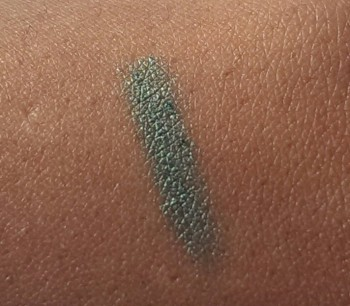 ELF Shimmer Eyeliner Pencil Grassy Green 7606 swatch swatches
